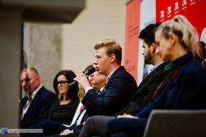 Debata studencka - Różne wymiary samorządu - 22 zdjęcie w galerii.