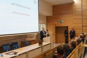 Inauguracja na Wydziale Inżynierii Materiałowej oraz obchody 30-lecia wydziału - 48 zdjęcie w galerii.