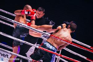 Kickboxingowa rywalizacja na najwyższym poziomie - 9 zdjęcie w galerii.