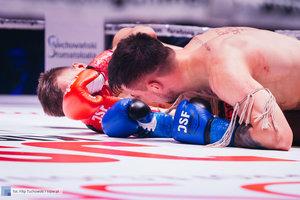 Kickboxingowa rywalizacja na najwyższym poziomie - 35 zdjęcie w galerii.