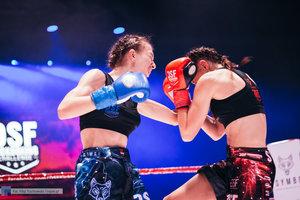 Kickboxingowa rywalizacja na najwyższym poziomie - 89 zdjęcie w galerii.