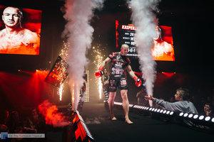 Kickboxingowa rywalizacja na najwyższym poziomie - 106 zdjęcie w galerii.