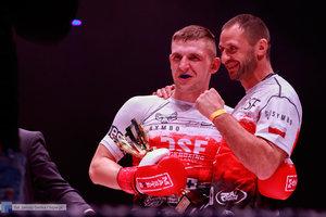 Kickboxingowa rywalizacja na najwyższym poziomie - 124 zdjęcie w galerii.