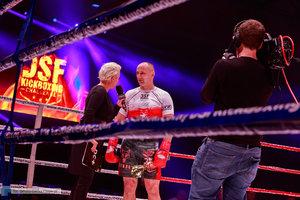 Kickboxingowa rywalizacja na najwyższym poziomie - 141 zdjęcie w galerii.