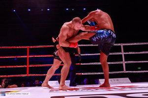 Kickboxingowa rywalizacja na najwyższym poziomie - 158 zdjęcie w galerii.