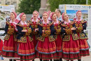 """""""Polska NAJ"""" - występ Zespołu Pieśni i Tańca Politechniki Warszawskiej - 45 zdjęcie w galerii."""
