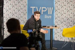 TVPW LIVE: Bartosz Węglarczyk - galeria - 13 zdjęcie w galerii.