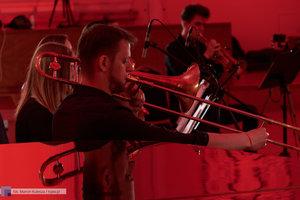 """XII Koncert Galowy Orkiestry Rozrywkowej Politechniki Warszawskiej """"The Engineers Band"""" - 66 zdjęcie w galerii."""