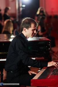 """XII Koncert Galowy Orkiestry Rozrywkowej Politechniki Warszawskiej """"The Engineers Band"""" - 71 zdjęcie w galerii."""